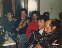 Ένα γλέντι  στην Nέα Πεύκη Tρικάλων το '91