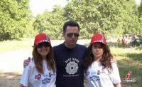 Τα κορίτσια του fatsimare με τον δημοσιογράφο της TRT Χρήστο Ζαραμπούκα που κάλυψε τον αγώνα.
