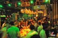 Το Baccarat της διασκέδασης με πάρτι και το καλοκαίρι...