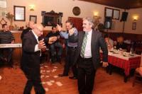 Ελληνοτουρκικά τσιφτετέλια και ζεϊμπεκιές στην Καλαμπάκα...!