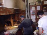 Παραδοσιακή λαγάνα από τον Ξυλόφουρνο Ιωάννη Κατσίκη στα Τρίκαλα