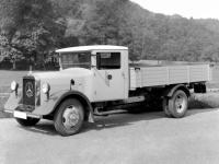 To παλιότερο φορτηγό της Μercedes-Benz στην Ελλάδα