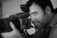 Κορυφαίος φωτογράφος δείχνει τα κόλπα της καλής πόζας! (videos)