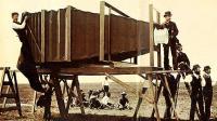 Η μεγαλύτερη Φωτογραφική μηχανή « Mammoth» του κόσμου ήταν του 19ου αιώνα...