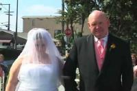 ΔΕΝ ΥΠΑΡΧΕΙ αυτή η νύφη