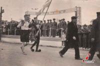 ο Νικόλαος Μουτσίκας η Μουτσικόπουλος δρομέας  μεγάλων αποστάσεων και αθλητής του Γ.Σ. Τρικάλων γεννηθείς το 1989 στα Τρίκαλα