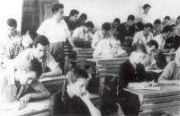 Ιστορικές ρετρό φωτογραφίες από τη σχολική ζωή των Τρικαλινών (1881-1970)