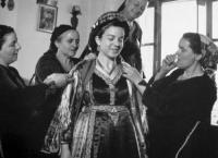 Περί γάμου. Εγκυκλοπαιδικές καταχωρήσεις σχετικές με την παράδοση στην Ελλάδα