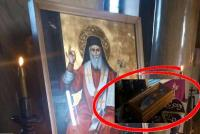 Ανώμαλοι και ιερόσυλοι ληστές πήγαν να κλέψουν... παντόφλα στα Τρίκαλα !