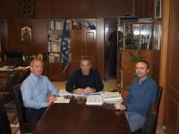 Aντιπροσωπεία του Συλλόγου Δρομέων Τρικάλων στον Αντιπεριφερειάρχη κ. Χρήστο Μιχαλάκη