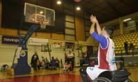 Τα εισιτήρια με Κύμη - Επίδειξη μπάσκετ με αγωνιστικό αμαξίδιο στην ανάπαυλα του αγώνα