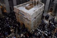 Ανεξήγητο φαινόμενο κατά την αναστήλωση του Πανάγιου Τάφου...(!)
