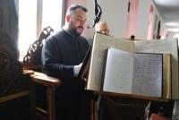 Tα Εγκώμια του Επιταφίου από τη χορωδία Αγίας Μαρίνας Τρικάλων