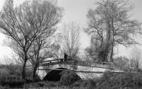 1934. Χτίζεται το γεφύρι της Μπαμπαλίνας στα Μεγάλα Καλύβια