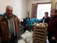 Διανομή τροφίμων σε οικονομικά ασθενέστερες οικογένειες