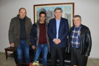 Oρκωμοσία Αντωνίου Κακκάβα, ως νέο μέλος του τοπικού συμβουλίου Αύρας