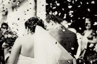 Στη φράση «ενώθηκαν με τα δεσμά του γάμου» οι λέξεις δεν είναι τυχαίες...