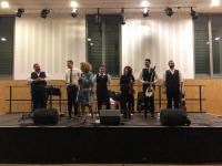 «Πήρα τη στράτα κι έρχομαι…» Τρικαλινή ορχήστρα μάγεψε με ρεμπέτικα και λαϊκά Γάλλους και Ελληνες