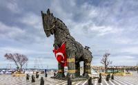 ΒΙΝΤΕΟ – Ερντογάν: Η Τροία είναι μέρος της ιστορίας μας! Η Ωραία Ελένη μιλάει τουρκικά