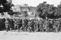 Το 1925, οι σχέσεις μεταξύ Ελλάδας και Βουλγαρίας ήταν τεταμένες και σε κανέναν στημένο δεν έδειχναν να βελτιώνονται. Έφτανε μια ασήμαντη αφορμή ώστε να οδηγηθούν σε σύρραξη. Και αυτό το ασήμαντο επεισόδιο έγινε στις 18 Οκτωβρίου του ίδιου έτους, με αφορμή έναν σκύλο. Ή σύμφωνα με άλλες πηγές, με αφορμή την... πρέφα..