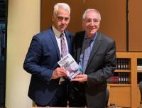 Ο Χρίστος Λιάπης (συν-)γράφει στο καινούριο βιβλίο του Πάνου Σόμπολου