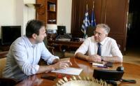 Συνεργασίες Παπαστεργίου με υπουργούς