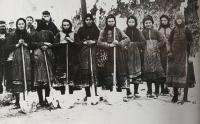 Οι Τρικαλινές ηρωϊδες του '40 (Η ιστορία μιας φωτογραφίας)