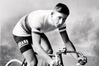 Ο ποδηλάτης που ήταν τόσο κυρίαρχος ώστε πληρώθηκε για να μην τρέξει σε αγώνα