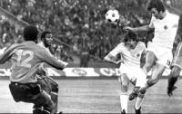 Όταν ο Nτούσαν έβαζε τρία γκολ σε παγκόσμιο κύπελλο...