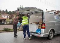 Διανομή τροφίμων κατ' οίκον σε ωφελούμενους του ΤΕΒΑ στα Τρίκαλα