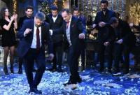 Ο Παπαδόπουλος πληρώνεται, εμείς που συμμετέχουμε και χωρίς εμάς δεν γίνεται εκπομπή, δεν πρέπει να πάρουμε κάτι;