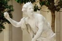 Γιατί οι αρχαίοι Έλληνες έκαναν πρόταση γάμου πετώντας ένα μήλο στις αγαπημένες τους...