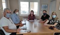 Στο Εργατικό Κέντρο Τρικάλων η Κατερίνα Παπακώστα, με φόντο το εργασιακό Νομοσχέδιο